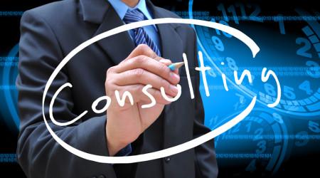 Tips Memilih Konsultan IT untuk Startup - Robicomp