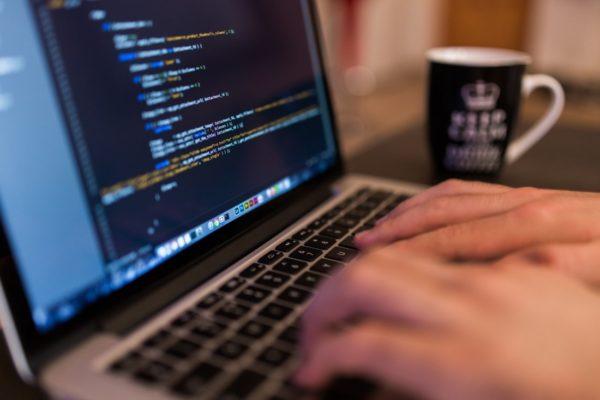 Pendekatan Proaktif Berbasis Teknologi